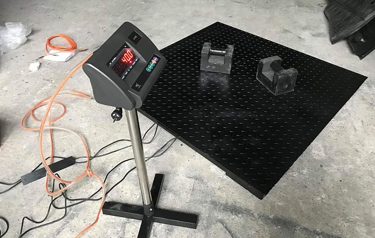 Báo giá cân sàn điện tử 500kg