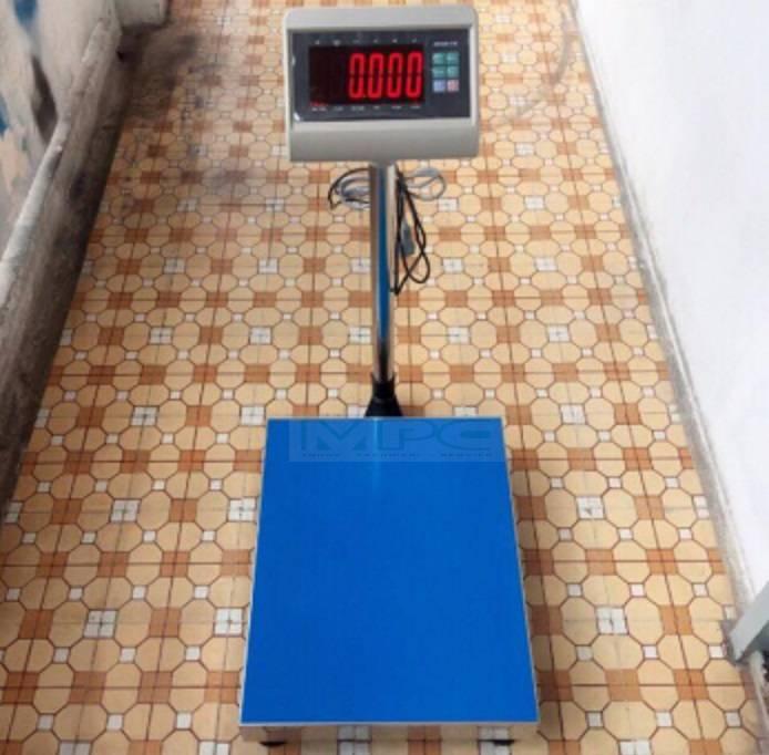 Giao hàng miễn phí cân bàn điện tử 100kg tại Thủ Đức