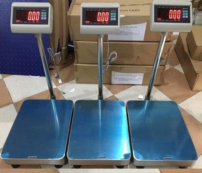 Phân phối cân bàn 100kg tại Hồ Chí Minh